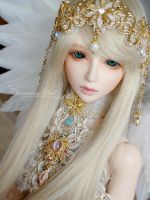 Selina, the charming Angel by charmingdoll