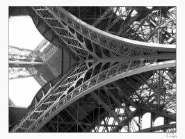 Eiffel Tower by TiZa