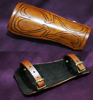 Link Bracer by MonkeyHeartless