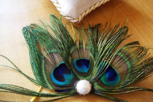 peacock fascinator by Craftcove