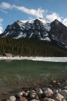 Lake Louise by RubyRadio
