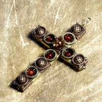 Steampunk jewelry crucifix by CatherinetteRings