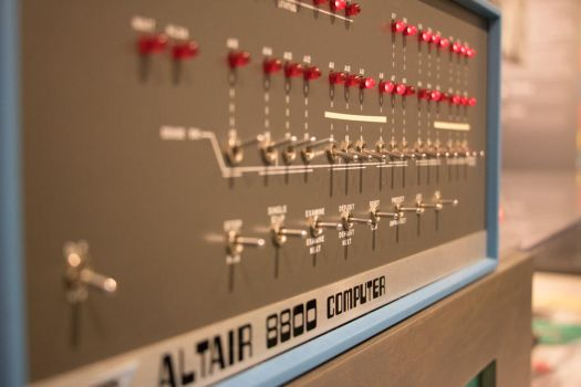 Altair 8800 At work by QuillOmega0