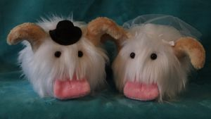 Bride and Groom Poro's by WhimzicalWhizkerz
