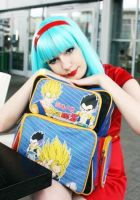 Bulma cosplay (Dragon Ball Z) by LivingDeadGeisha
