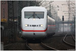 Facefull by shenanigan87