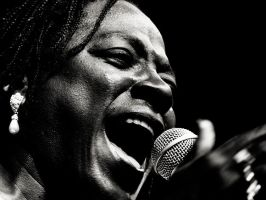 Sharon Jones by miclart