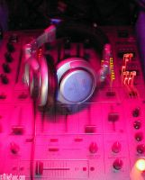 djm600 and headphones by panic8