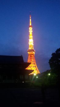 Tokyo Tower by 19Enigma80
