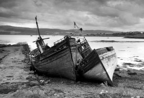 Old Boats, Isle of Mull b+W by DamianKane