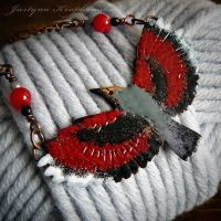 wallcreeper necklace by szaranagayama