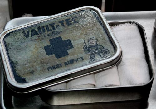 Fallout first aid kit I by dywa