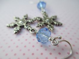 Snowflake earrings with Blue Czech Crystals by ExinaArt