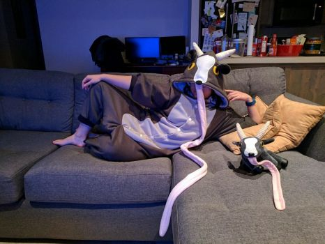 Oh, hello there: Goat Simulator inspired kigu by ashweez