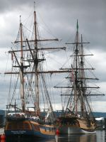 A Pair of Tall Ships by andras120