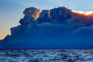 Tahoe and King Fire Pyrocumulus Intermingle by sellsworth