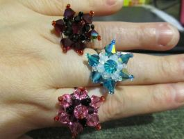 crystal flower adjustable rings by AnaInTheStars