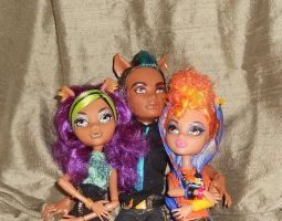 Monster High Wolf Sibs by invader-hime