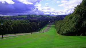 Stormont Driveway by happinessdragon