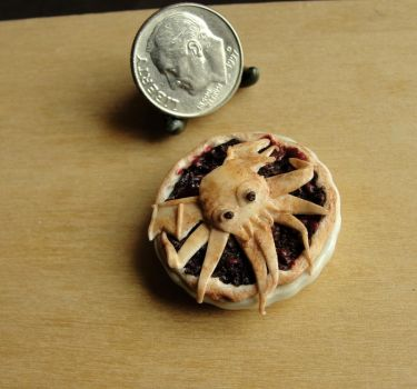 Cthulhu Pie inspired by H.P. Lovecraft by fairchildart