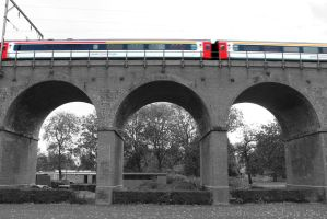 Chelmsford Viaduct - Class 90 by cR11