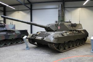 Leopard 1 A4 by Liam2010