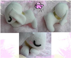 Salamon plush by PinkuArt