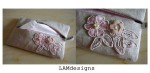 Flower Trim - Tissue Holder by MasonBee