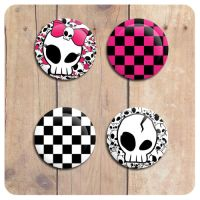 Buttonset Skull and Checker by artFETISH