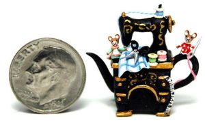 MOUSE SEWING MACHINE TEAPOT by WEE-OOAK-MINIATURES