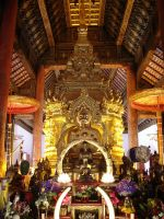 Buddha images at JomTong Templ by TeSiamese