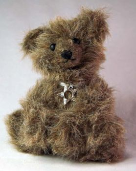 Fuzzy Brown Bear by The-GoblinQueen
