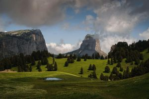Mountain Throne by aw-landscapes