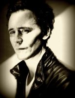 Tom Hiddleston sepia by Fenevad