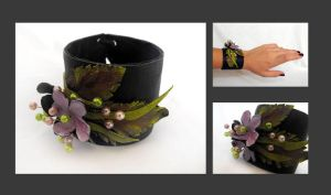 Floral leather cuff bracelet by julishland
