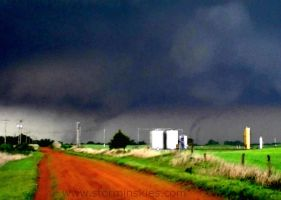 Wakita, Oklahoma May 10, 2010 by StorminSkies
