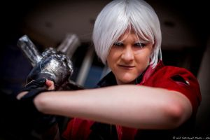 Dante- Showdown! by Ruxtano