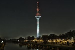 At night by Mecenetic