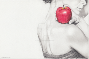 Red Apple by LadyCapulet102