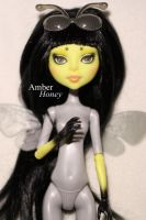 CAM bee repaint by Amber-Honey