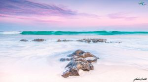 Dawn over the Beach by jcantelo