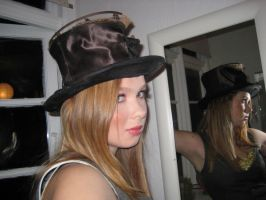 Nina with a hat, photo by ravdenmark