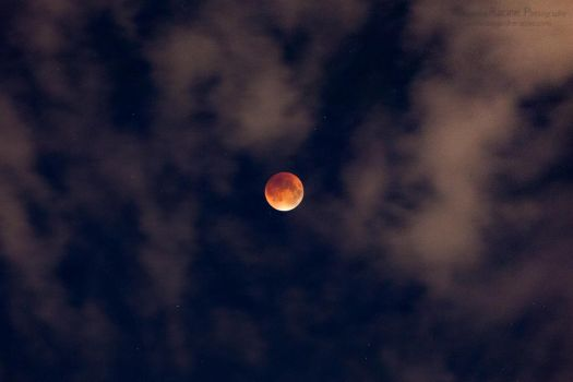 Total Lunar Eclipse, red blood moon 2015 w clouds by alexandreracine
