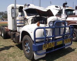 Mack B-model on display 2 by RedtailFox