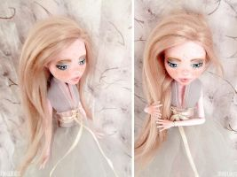 #2 - Fully Customized Monster High doll:Draculaura by Katalin89