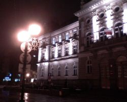 City Hall at night. by Woolfred