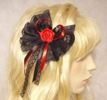 Gothic hair Clip black red by Estylissimo