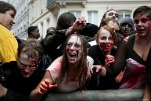 Paris Zombie Walk 2012 by IgorRybaltchenko