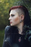 Girl with sidecut by Estelle-Photographie