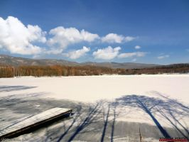 Winter lake by PaSt1978